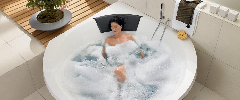 У чому полягають переваги покупки гідромасажною ванни